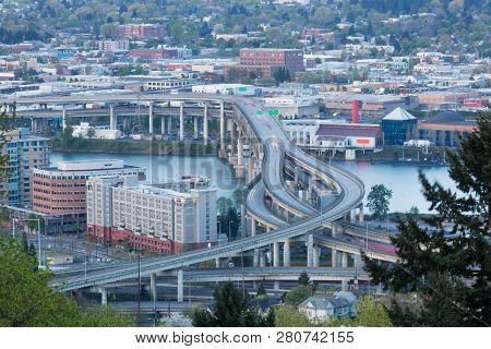 Portland, Oregon - April 14, 2014:  The View From Marquam Hill Upper Tram Station Of City Buildings