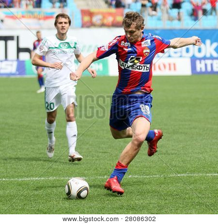MOSCOW - MAY 10: CSKA's Tomash Netsid (R) in action during their team's Russian football championship game CSKA (Moscow) vs. Terek (Grozny) - (4:1), May 10, 2010 in Moscow, Russia.