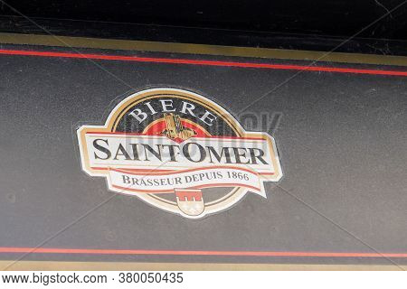 Bordeaux , Aquitaine / France - 08 04 2020 : Saintomer Logo Sign Of French Brewery In Saint-omer In