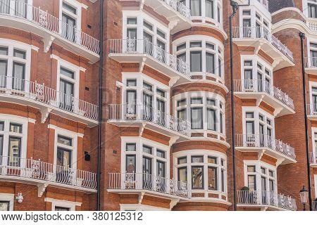 June 2020. London. Local Architecture In Knightsbridge, London, England Uk Europe