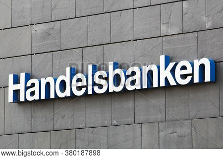 Aarhus, Denmark - August 7, 2020: Handelsbanken Logo On A Wall. Handelsbanken Is A Swedish Bank Prov