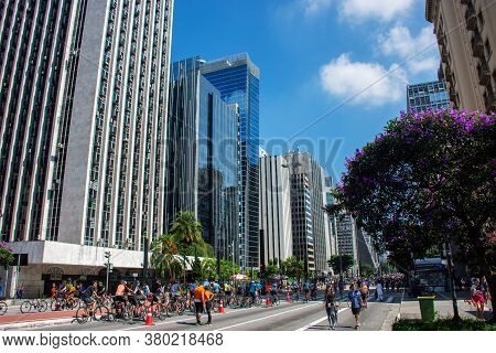 São Paulo, Brasil - August 10, 2020: Mirrored Buildings On Paulista Avenue In São Paulo