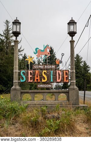 Seaside, Oregon - August 1, 2020: Sign To Come Again When Leaving The Coastal Town Of Seaside, Orego