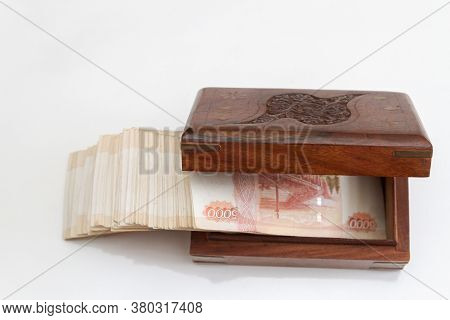 Russian Banknotes Of Five Thousand Rubles In Large Quantities In A Wooden Box