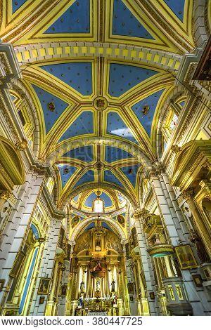 Puebla, Mexico - January 5, 2019 Altar Basilica Santa Clara De Asis Church Historic Puebla Mexico. B