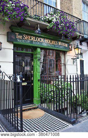 London / Uk - 8 Aug 2013: Sherlock Holmes Museum In London City, England
