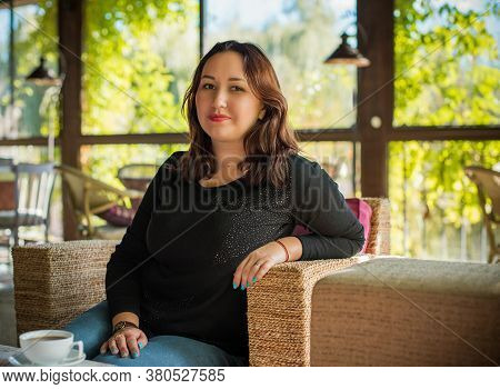 Plus Size Nice American Or Asian Appearance Fashionable Woman, Enjoy The Life, Walks Outdoor. Life O