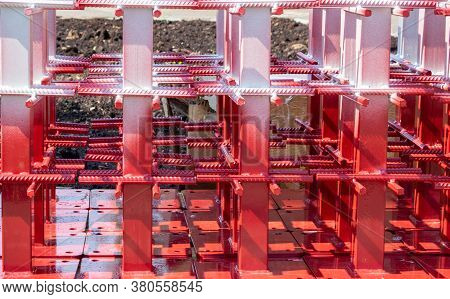 New Metal Red And White Reinforcement Frame