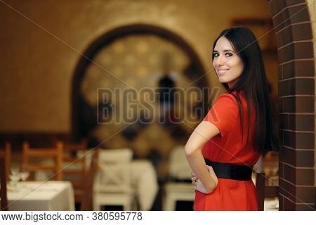 Pr Event Coordinator Organizing A Party In A Restaurant