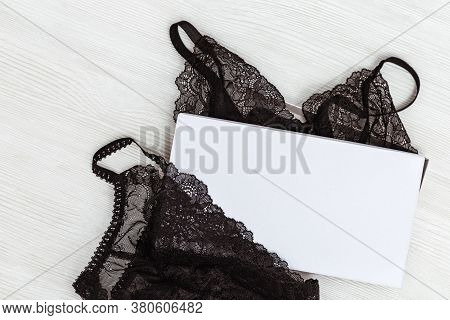 Beautiful Silk Lace Bra And Panty For Woman In Paper Box. Black Fashionable Lingerie Set. Glamorous