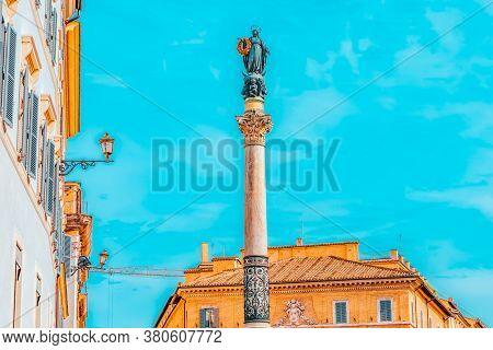 Column Of The Immaculate Conception (colonna Dell'immacolata) Near Spanish Steps (scalinata Di Trini