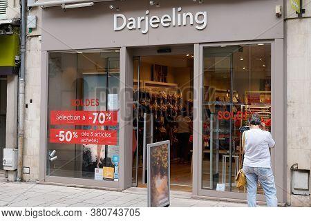 Bordeaux , Aquitaine / France - 08 10 2020 : Darjeeling Boutique With Text Logo Store Lingerie Colle