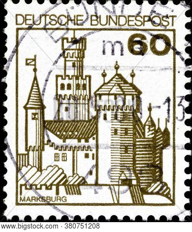02 10 2020 Divnoe Stavropol Territory Russia The Postage Stamp Germany 1977 Palaces And Castles Mark