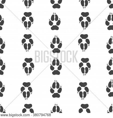 Gray Footprint Of Wolf And Silhouette Wolf Isolated Seamless Pattern On White Background. Vector