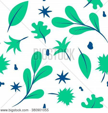 Nature Tropical Green Leaves Seamless Pattern. Vector Illustration Of A Green Tropical Pattern Made