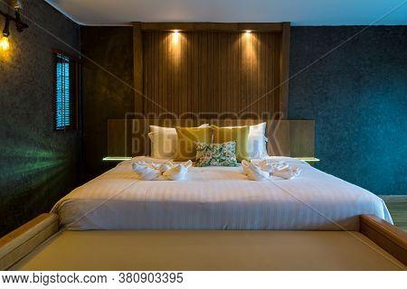 Interior Of Modern Comfortable Hotel Room. Luxury Double Bed Hotel Bedroom Interior. Modern Master B