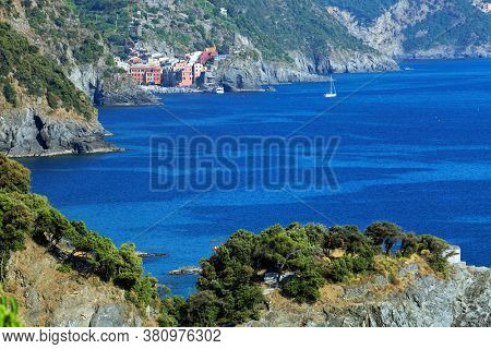 Ligurian Mediterranean coast near Riomaggiore, Italy, Europe