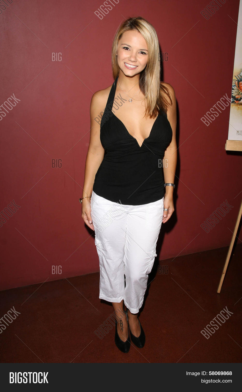 Ashlynn Brooke At The Preview Screening Of National Lampoons Homo Erectus Egyptian Theatre