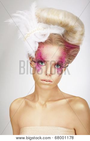Faceart. Blonde With Skin Colored Pink, False Lashes And White Feather