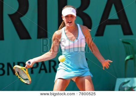 Michelle Larcher De Brito (por) At Roland Garros 2010