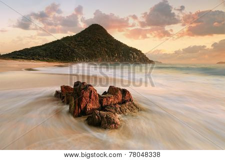 Port Stephens Zenith Beach Sunrise Tourism