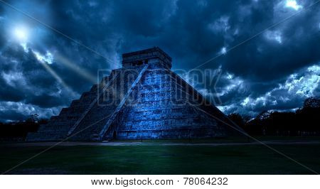 Mexico. Chichen Ittsa. Kukulkan's pyramid in a mystical moonlight