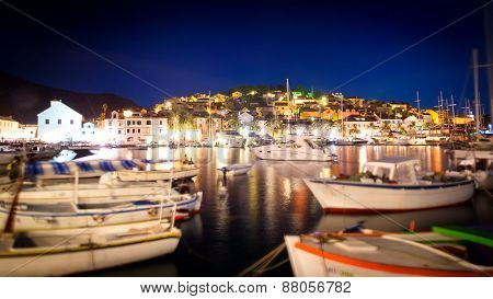 Hvar, Croatia - August 11: Many Boats And Yachts Anchored In The Summer Near The Island Of Hvar On A
