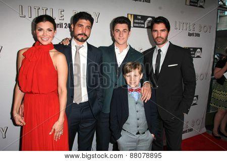 LOS ANGELES - FEB 14: Ali Landry, Alejandro Gomez Monteverde, David Henrie, Jakob Salvati, Eduardo Verastegui at the