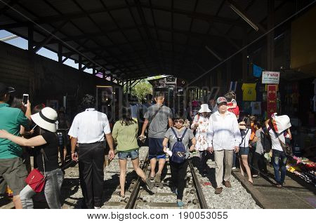Travelers People Visit And Looking Mae Klong Railway Market Or Talat Rom Hup Meaning The Umbrella Pu