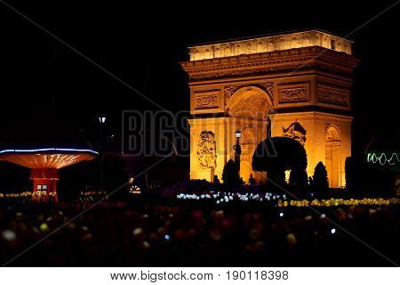 Arc de Triomphe replica night view from Shen Zhen Windows of the World