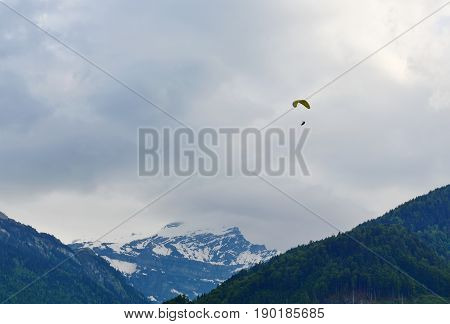 para motor over sky on Interlaken Switzerland
