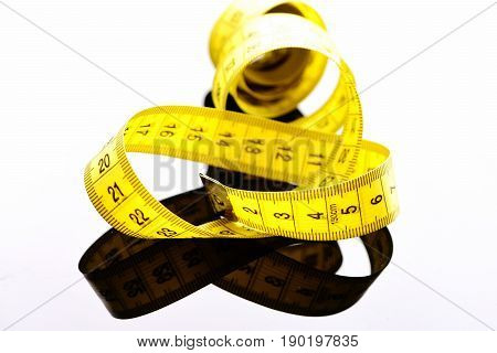 Tape For Measuring In Yellow Color Untwisted Curly