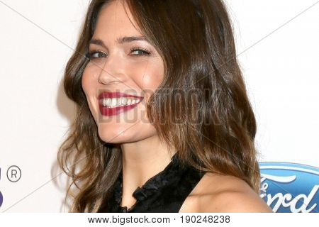 LOS ANGELES - JUN 6:  Mandy Moore at the 42nd Annual Gracie Awards at the Beverly Wilshire Hotel on June 6, 2017 in Beverly Hills, CA