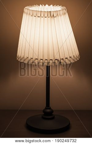 Classical Lamp With Round Fabric Lampshade