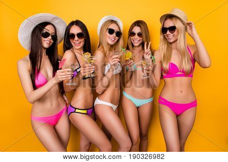 Smile For The Camera! Five Hot Girlfriends Are Enjoying Together At Hen Party Near Swimpool. Ladies