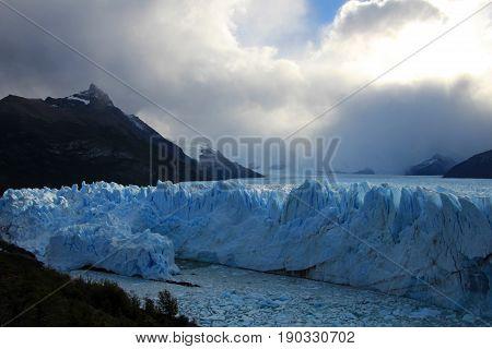 Perito Moreno glacier, Parque Nacional Los Glaciares, Patagonia, Argentina