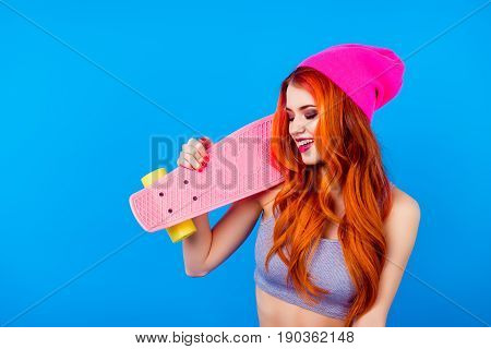 Girl With Long Board. More Colors To Your Life! Foxy Cute Charming Model In Hat And With Skate Board