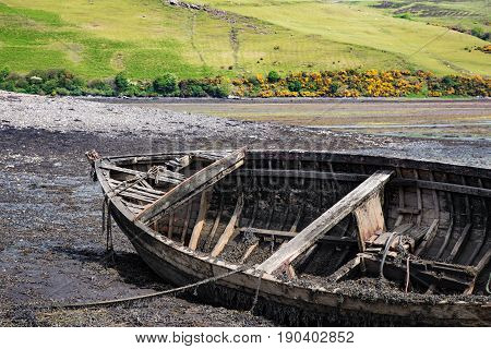 Old Wreck Boat