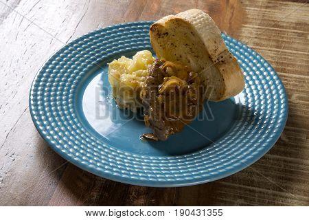 Fillet Mignon With Sauté Potatoes / Steak Beef With Passion Fruit Sauce