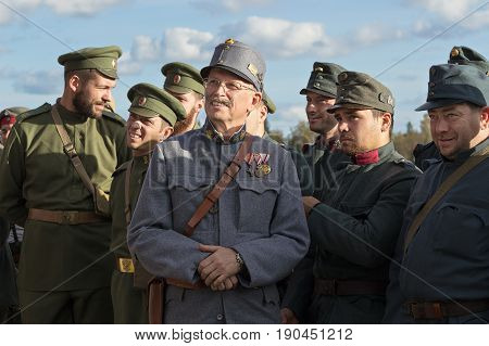 Brusilovsky breakthrough, international historical festival the First world war in Moscow, rehearsal, October 1, 2016. Soldiers of the Russian and Austro-Hungarian armies.