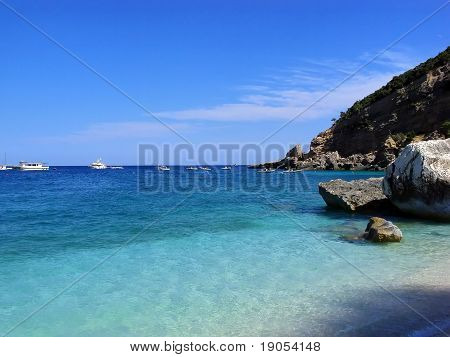 Idillyc beach holiday, turquoise crystal sea