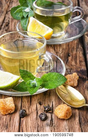 Home Tea With Mint And Lime