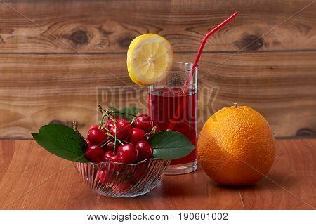 Cherry drink, cherishes invigorating in the summer heat
