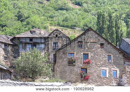 Durro typical stone village in the Catalan Pyrenees near the border with France. valley of Bohí in Catalonia Spain