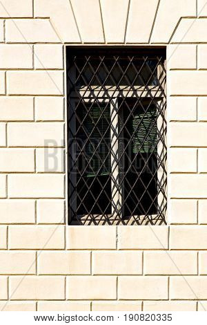 Shutter Europe  Italy  Lombardy       The Milano     Abstract Grate