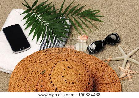 beach vacation accessories