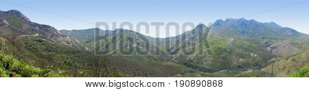 OUTENIQUA MOUNTAIN RANGE, EASTERN CAPE, SOUTH AFRICA 24ijht