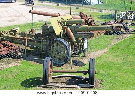 Old German field gun from world war two