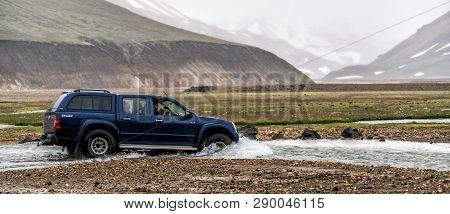 4Wd Car Travel Off Road In Landmannalaugar Iceland