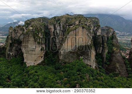 Meterora Rocks